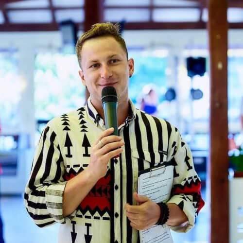 ведущий на корпоратив Евгений Жарков в Киеве